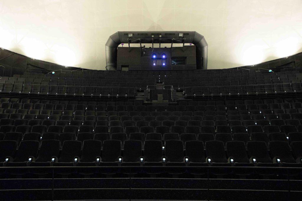 LED Beleuchtung Cinemagnum Saal. Foto 2jpg Kopie