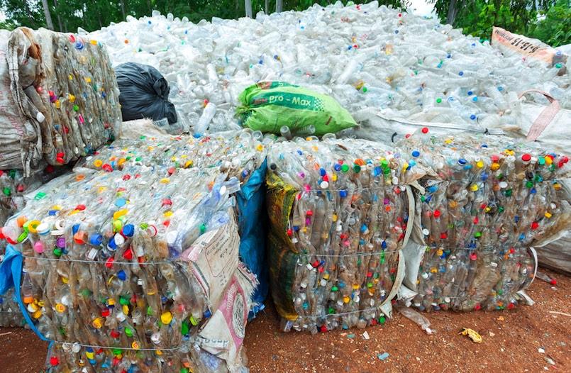 Plastikflaschenrecycling